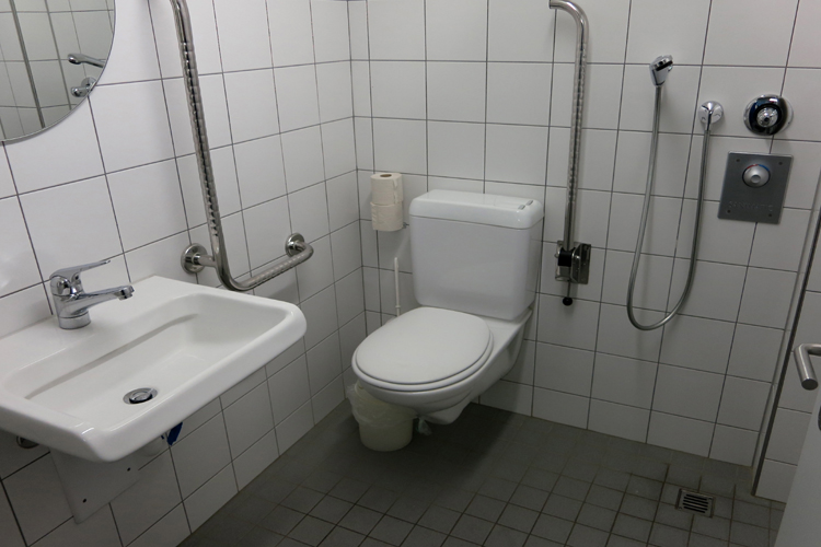 WC Hallenbad Burgdorf